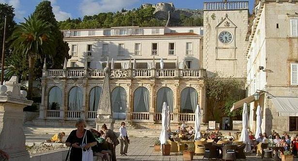 Hvar-Hotel-Palace
