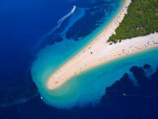 ZLATNI RAT: The most beautiful beach on the Adriatic
